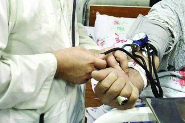 خدمات تخصصی پزشکی در روستاهای تنگستان ارائه می شود