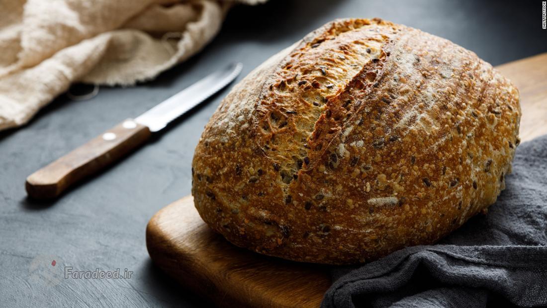 چرا در قرنطینه همه مردمِ دنیا نان می پزند؟