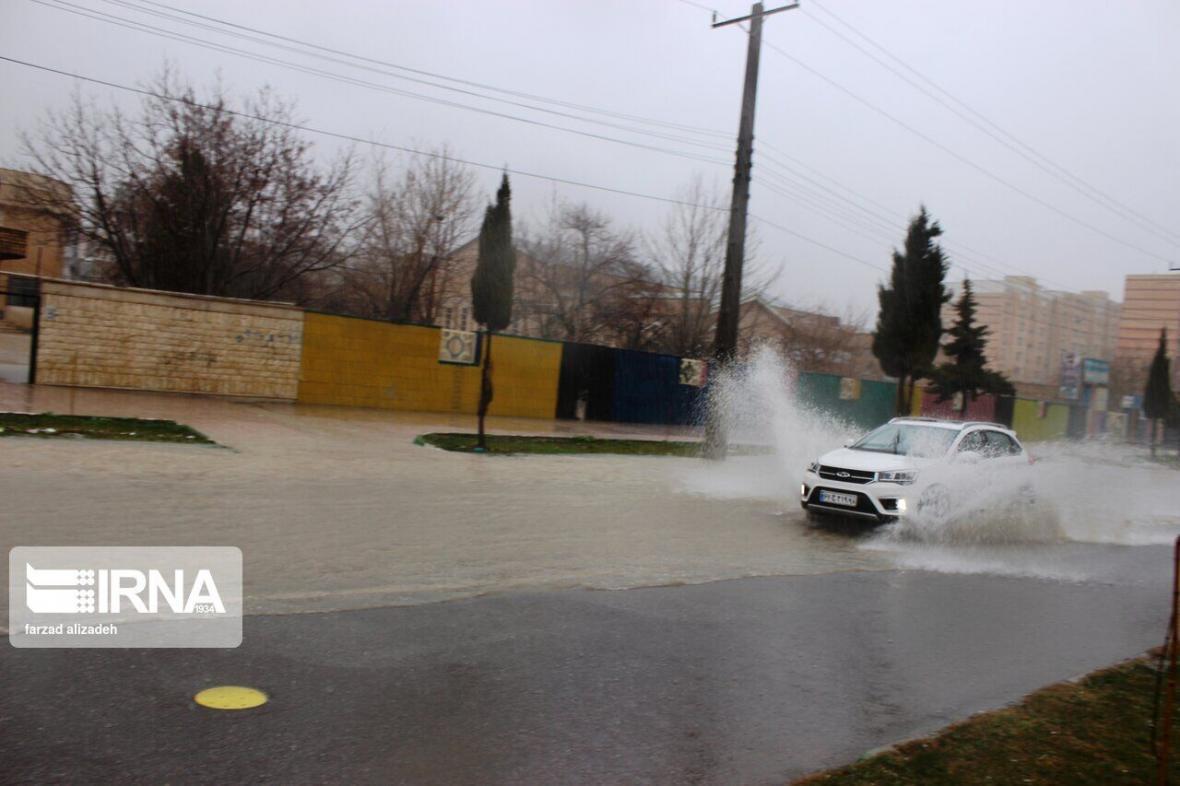 خبرنگاران بارندگی های 24 ساعت گذشته در یزد بدون خسارت بود