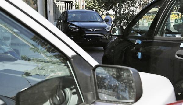 عقب نشینی خریداران واقعی از بازار خودرو ، خودرو شب عید گران می گردد؟