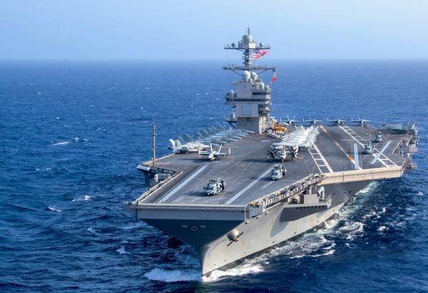 آماده سازی ناو هواپیمابر آمریکا برای جنگ با روسیه و چین