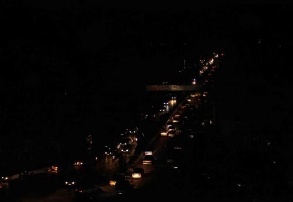 مزارع بیت کوین تهران را به خاموشی کشیدند، قطع برق در بعضی مناطق تهران