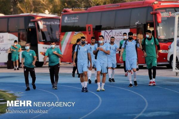 بازگشت کاروان تیم ملی فوتبال ایران با استقبال هیات رئیسه