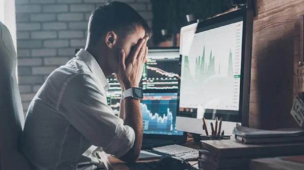 5 آسیبی که کار کردن مداوم با کامپیوتر به بدن شما می زند