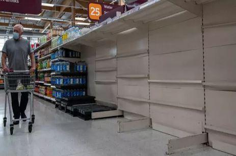 قفسه فروشگاه ها در انگلیس دوباره خالی شد
